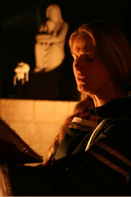 Fabienne Cellier-Triguel, interprète Hildegarde de Bingen à Surgères